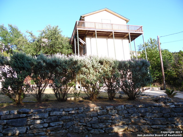 871 DUSTY SADDLE, Canyon Lake, TX 78133