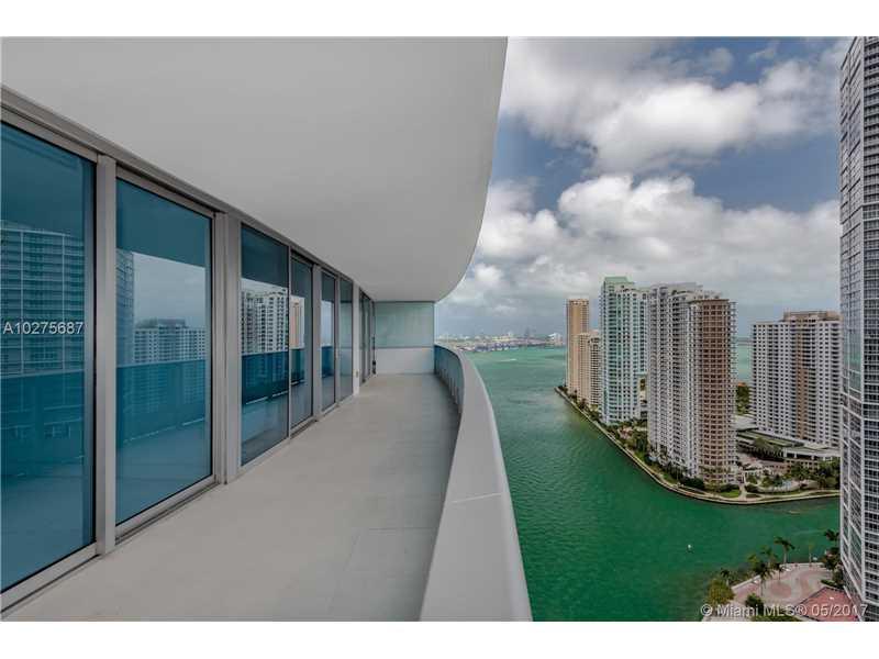 200 Biscayne Boulevard W 3104, Miami, FL 33131