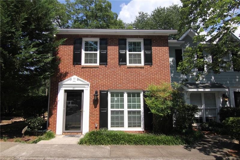 101 Courtyard Terrace, Roswell, GA 30075