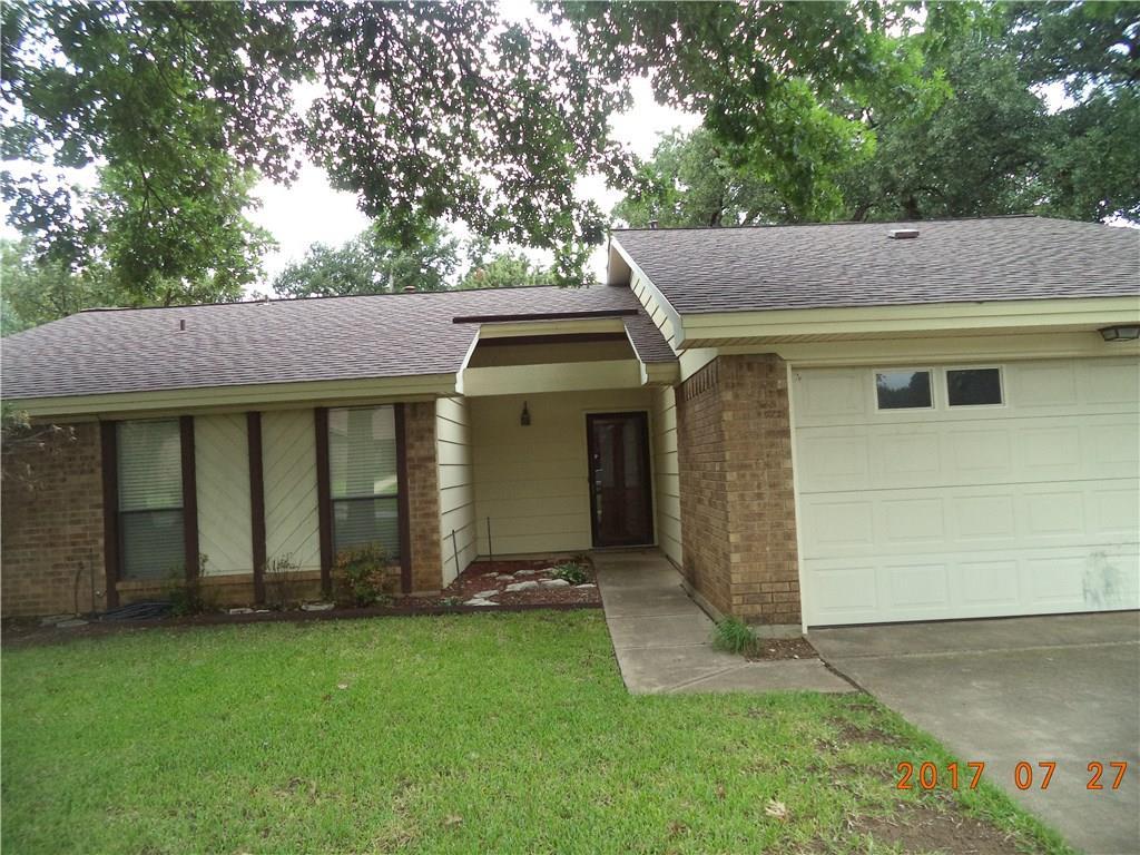 2500 Avonhill Drive, Arlington, TX 76015
