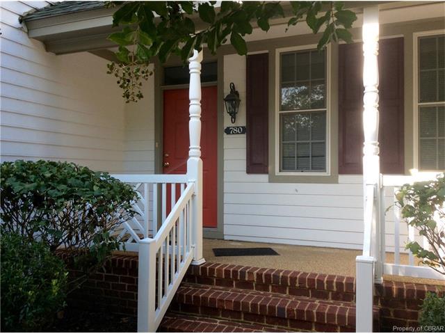780 Middle Gate, Irvington, VA 22480