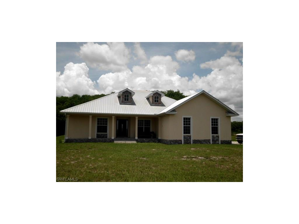2414 Fernwood LN, LABELLE, FL 33935