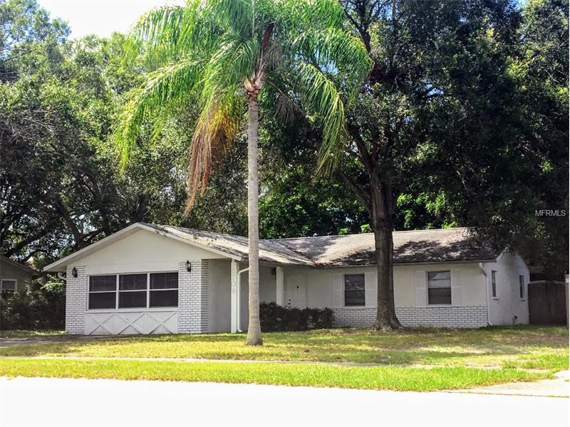 5704 55TH TERRACE N, KENNETH CITY, FL 33709
