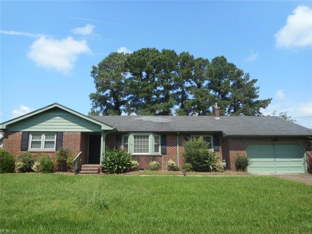 412 Mapleshore DR, Chesapeake, VA 23320