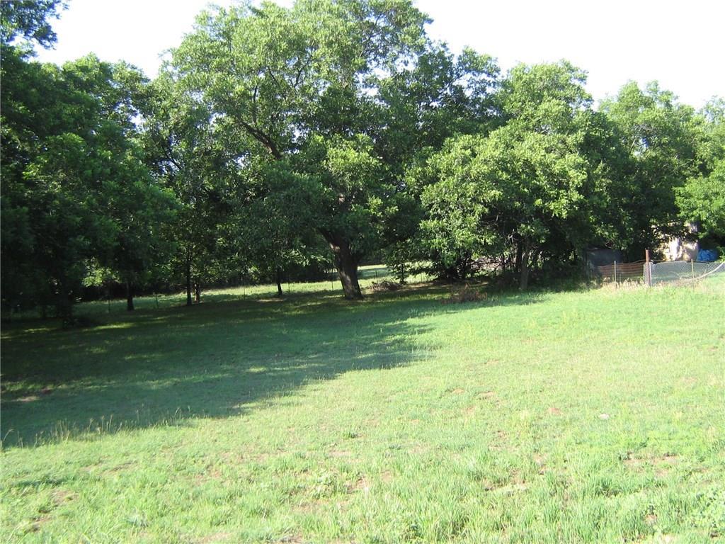 1724 E Bankhead Drive, Weatherford, TX 76086
