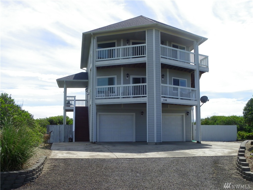 1146 Greenview Ave SW, Ocean Shores, WA 98569