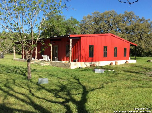 438 COUNTY ROAD 333, Sutherland Springs, TX 78161
