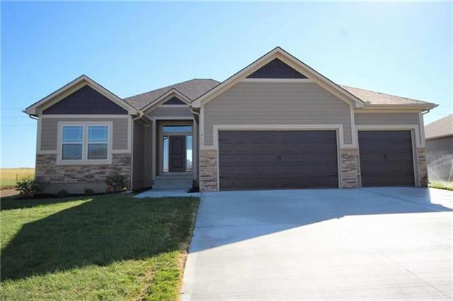 811 SW Hill Top Court, Grain Valley, MO 64075