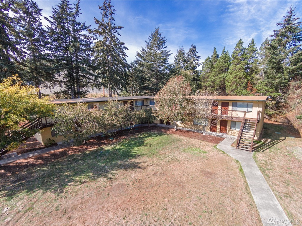 3125 Oak Harbor Rd, Oak Harbor, WA 98277