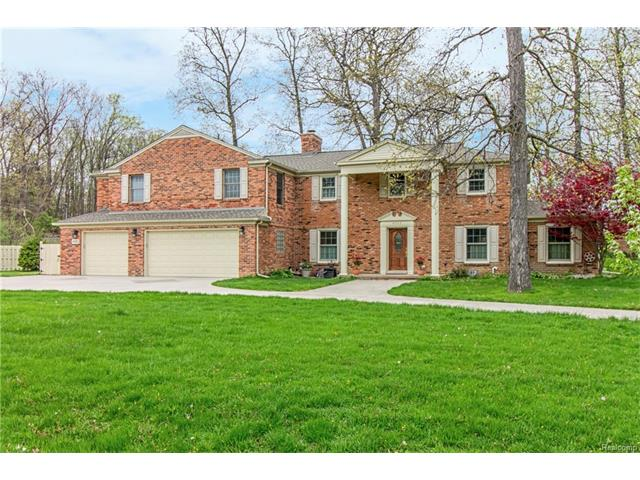 4062 HARBOR VISTA DR, Orchard Lake, MI 48323