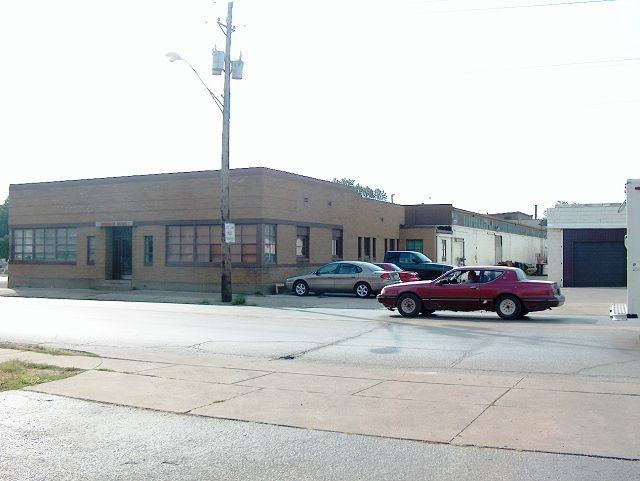 1701 ROCKINGHAM Road, Davenport, IA 52801
