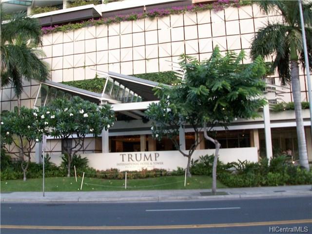 223 Saratoga Road 2001, Honolulu, HI 96815
