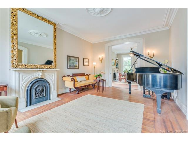 40 Trumbull St, New Haven, CT 06510