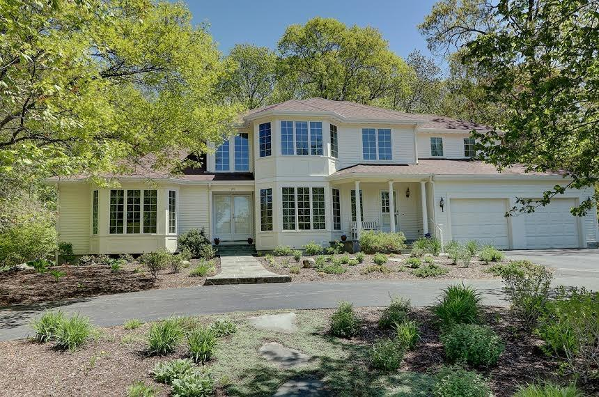 29 Great RD, Barrington, RI 02806