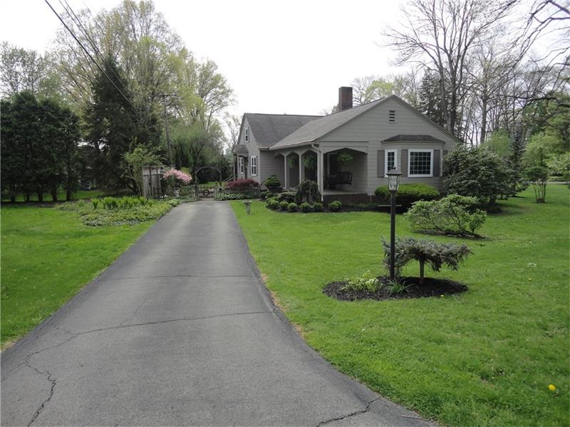 616 Woodland, Grove City, PA 16127