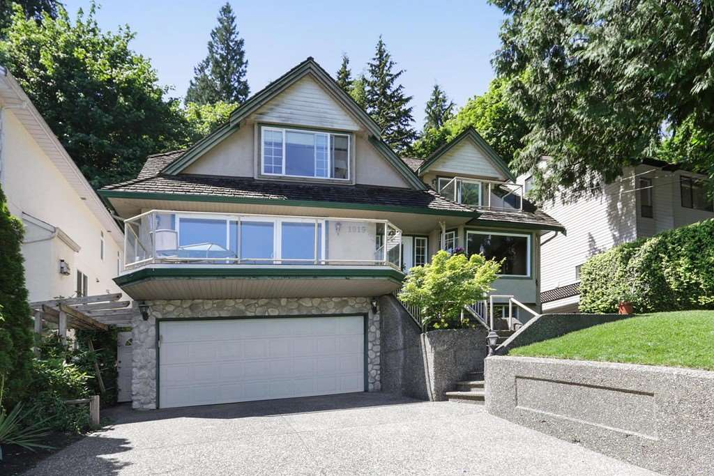1919 CLIFFWOOD ROAD, North Vancouver, BC V7G 1S1