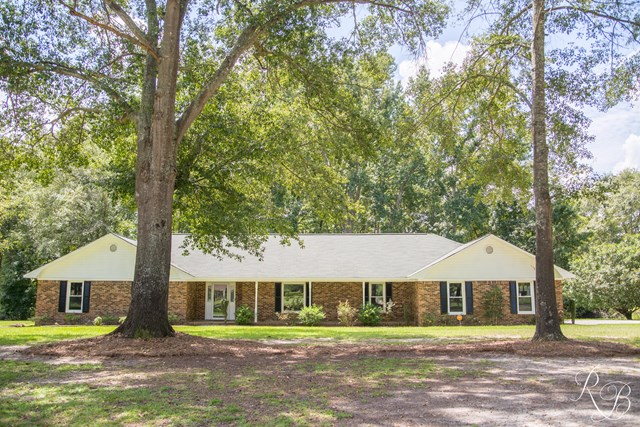 2630 Carriage Dr, Sumter, SC 29154