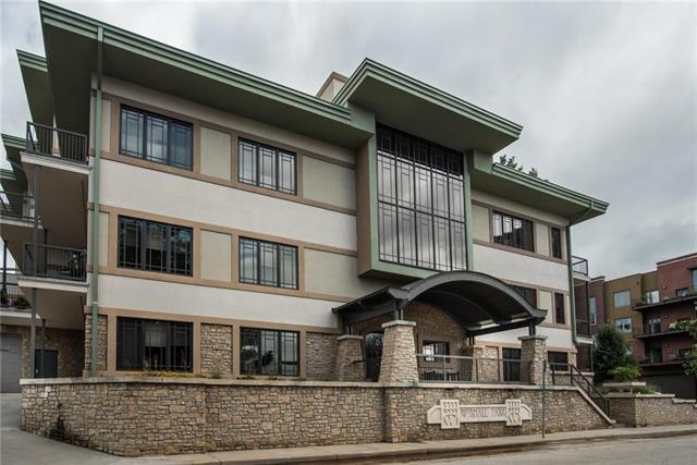 300 W 45th Terrace, Kansas City, MO 64111