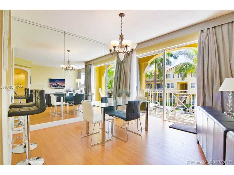 Meticulous updated Townhouse Condo unit in Century Park! Great location in the heart of Miami. This two story unit has 3 bedrooms with plenty of windows, 2 full baths + walk-in closets. Balcony, laundry on 2nd floor. Large living areas. Century Park offers 3 pools, security, & clubhouse. Lots of parking. Unit is in great shape.