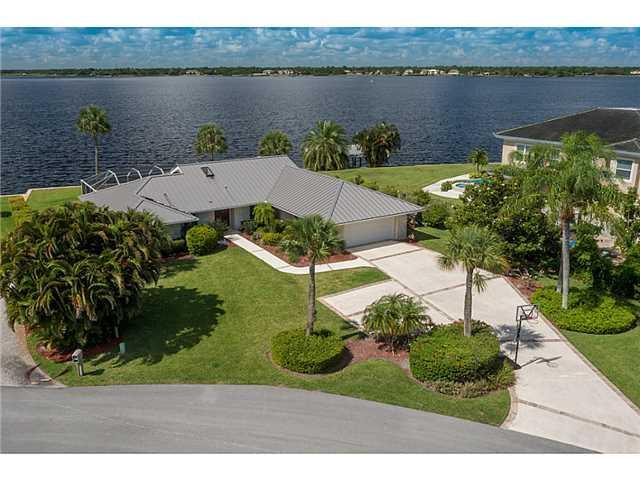 2356 NW Britt CT, Stuart, FL 34994