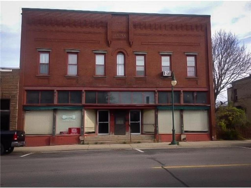 215 1st Street S, Montgomery, MN 56069