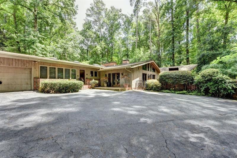2652 NW Brookdale Drive, Atlanta, GA 30305