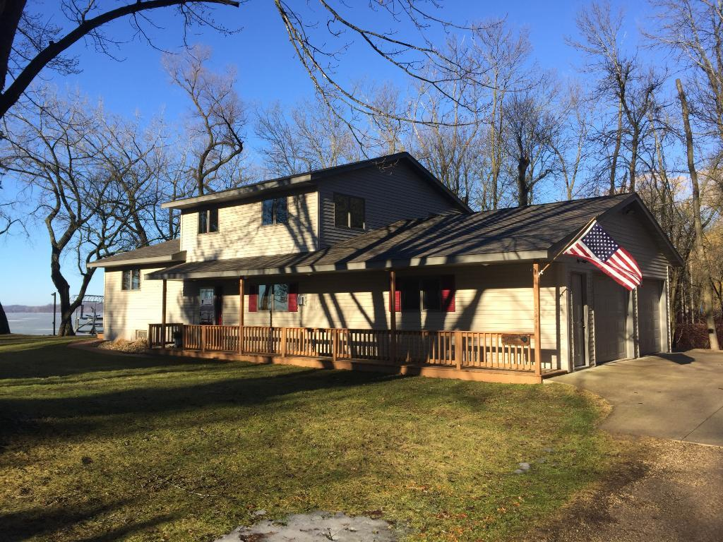 15441 Crowncrest Road, Paynesville Twp, MN 56362