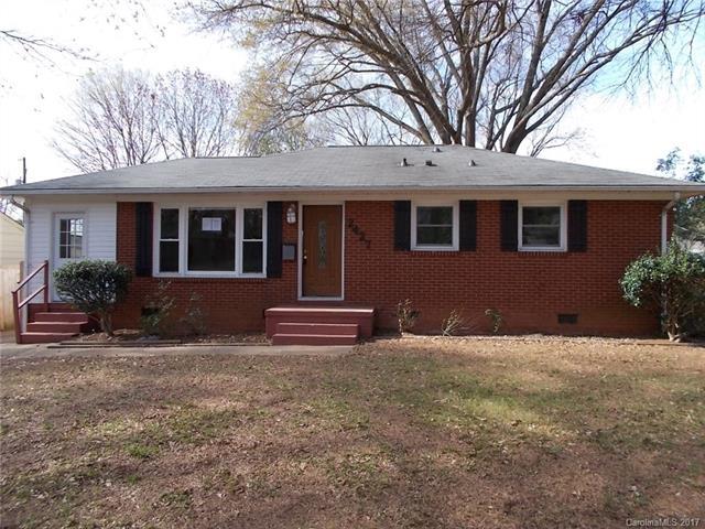 2427 Elkwood Circle, Charlotte, NC 28205