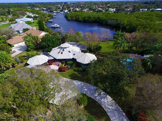 765 SW WISPER BAY Drive, Palm City, FL 34990