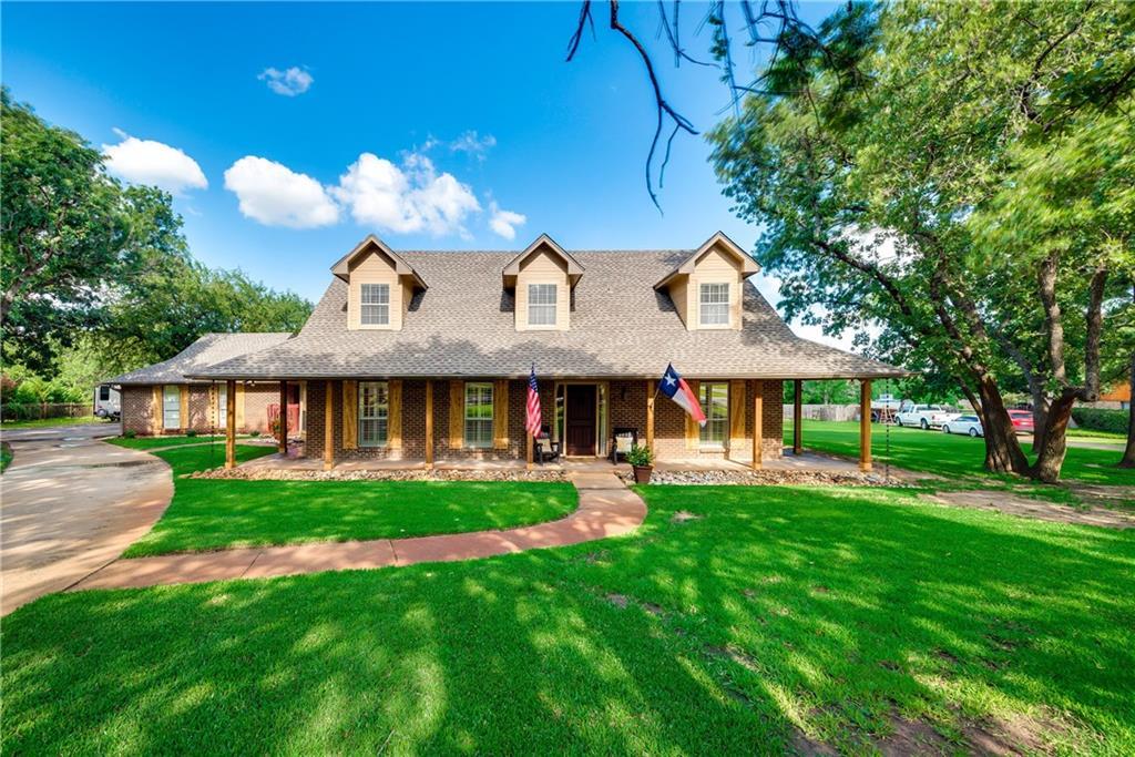 110 Forest Oak Court, Double Oak, TX 75077