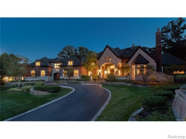 592 BARRINGTON PARK, Bloomfield Hills, MI 48304