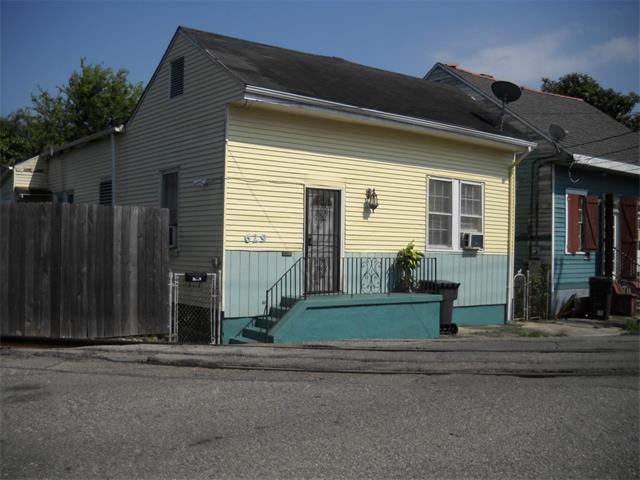 629 LESSEPS Street, NEW ORLEANS, LA 70117