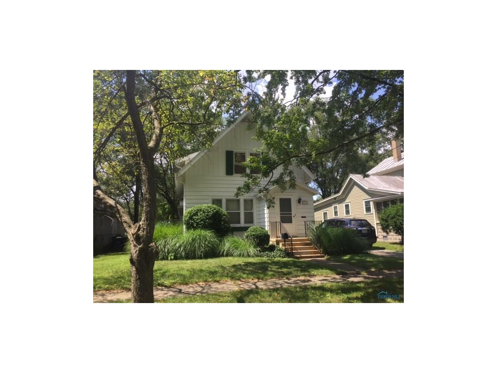 446 Buttonwood Avenue, Bowling Green, OH 43402