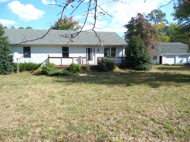 261 OLD BAR NECK Road, Mathews, VA 23138