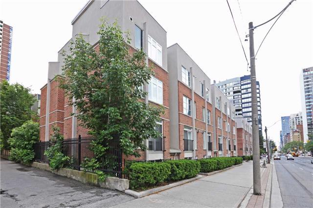 415 Jarvis St 108, Toronto, ON M4Y 3C1