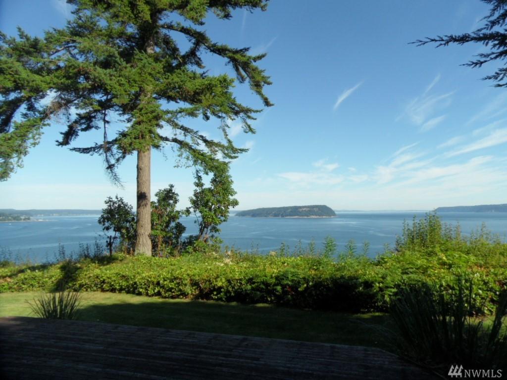 28 Cascade Dr, Hat Island, WA 98206