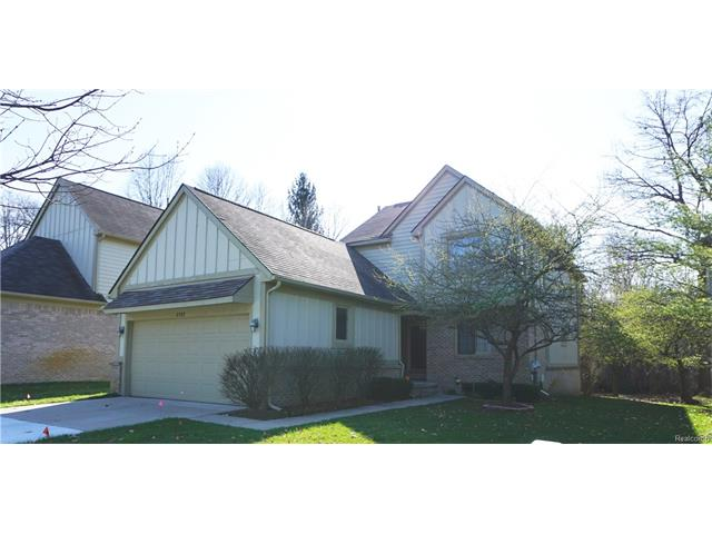 2787 MAPLE FOREST DR, Wixom, MI 48393