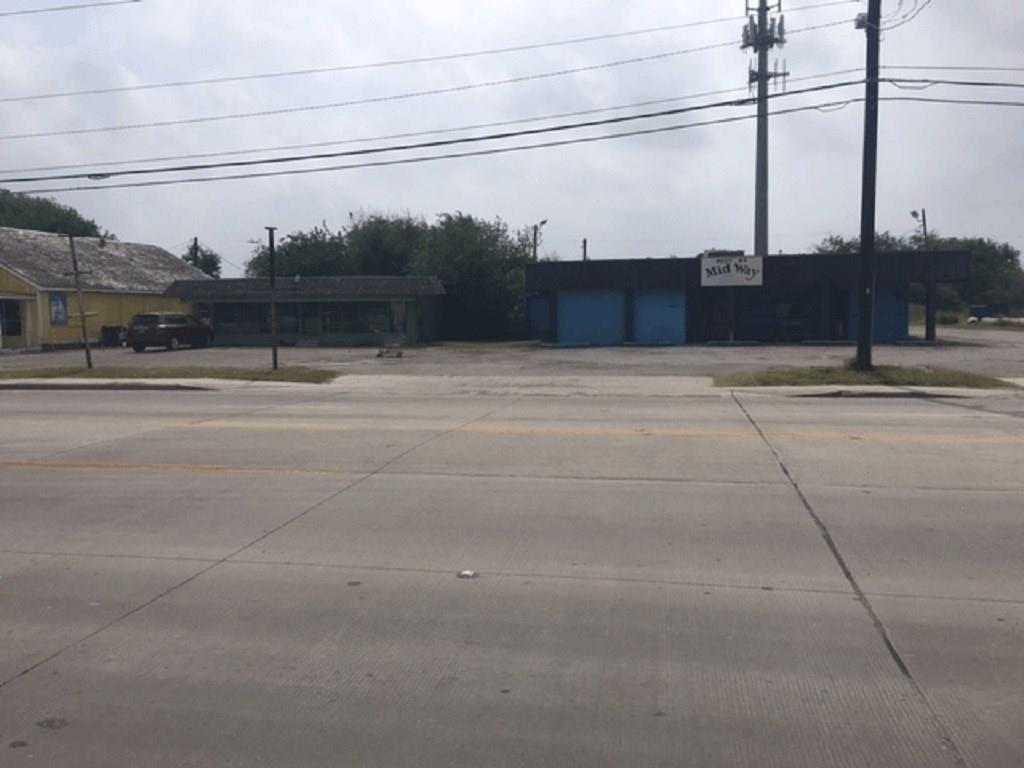 4646 Kostoryz Road, Corpus Christi, TX 78415
