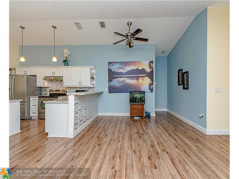4907 NW 55th Blvd, Coconut Creek, FL 33073