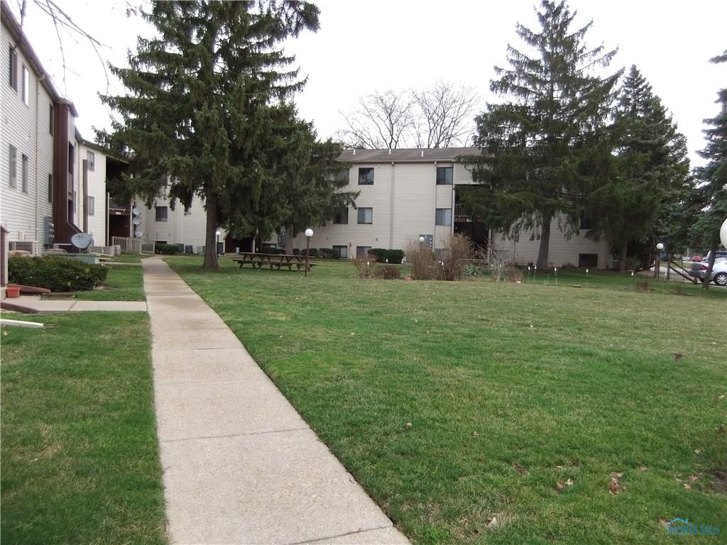 1840 Brownstone Boulevard A11, Toledo, OH 43614