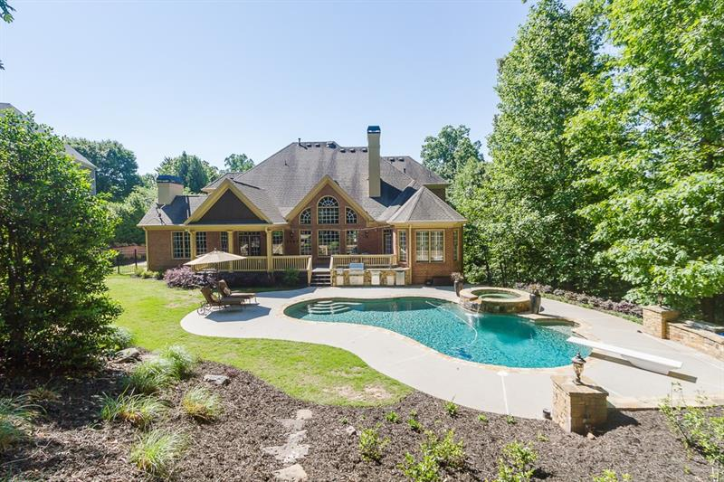 240 Pembrook Place, Roswell, GA 30075