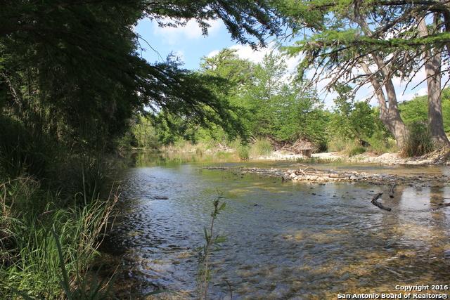157 Camino Alto Rd, Leakey, TX 78873