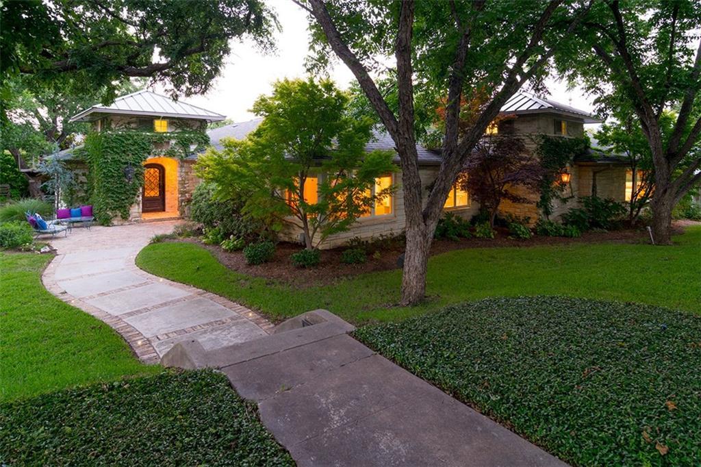 2427 Lofton Terrace, Fort Worth, TX 76109