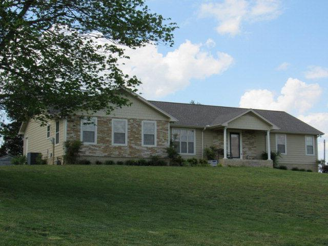 107 Darkey Springs Rd, Walling, TN 38587
