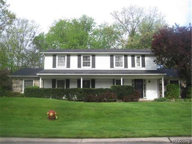 32203 OLDE FRANKLIN, Farmington Hills, MI 48334