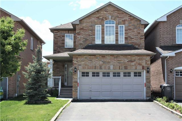 6920 Amour Terr, Mississauga, ON L5W 1G5