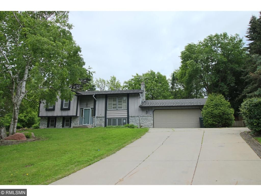 17890 Irons Court, Lakeville, MN 55044