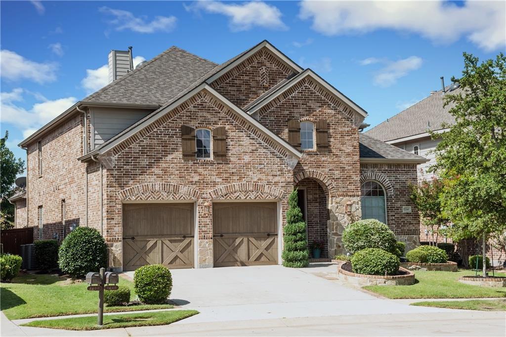 1240 Burnett Drive, Lantana, TX 76226
