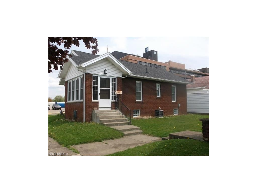 504 S 14th St, Coshocton, OH 43812