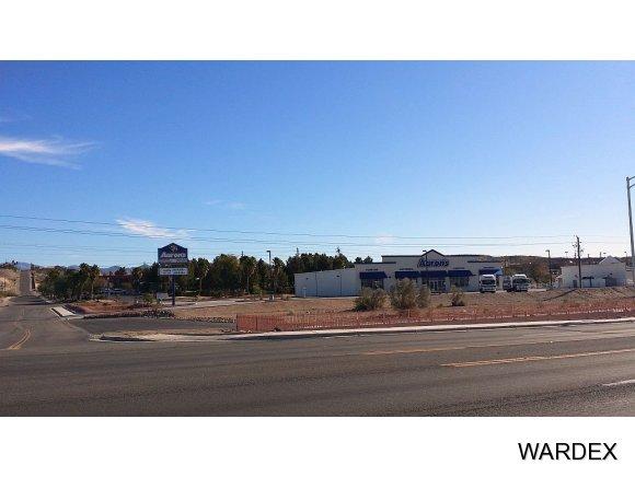 2747 Miracle Mile 2, Bullhead City, AZ 86442